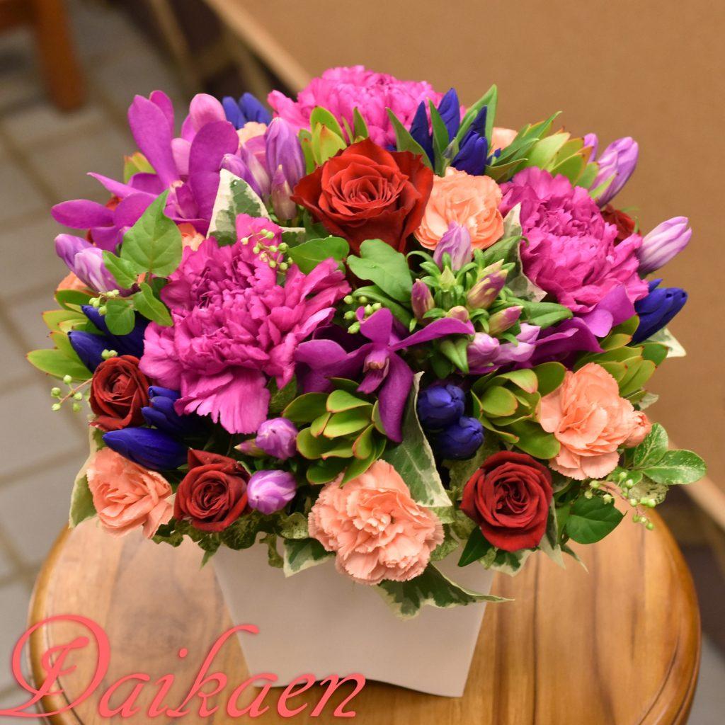 東京都大田区山王 大森の花屋 大花園(だいかえん)季節の旬な花をあなただけの贈り物に!上質でモダンな花贈りを大森スタイルでお届けします。敬老の日